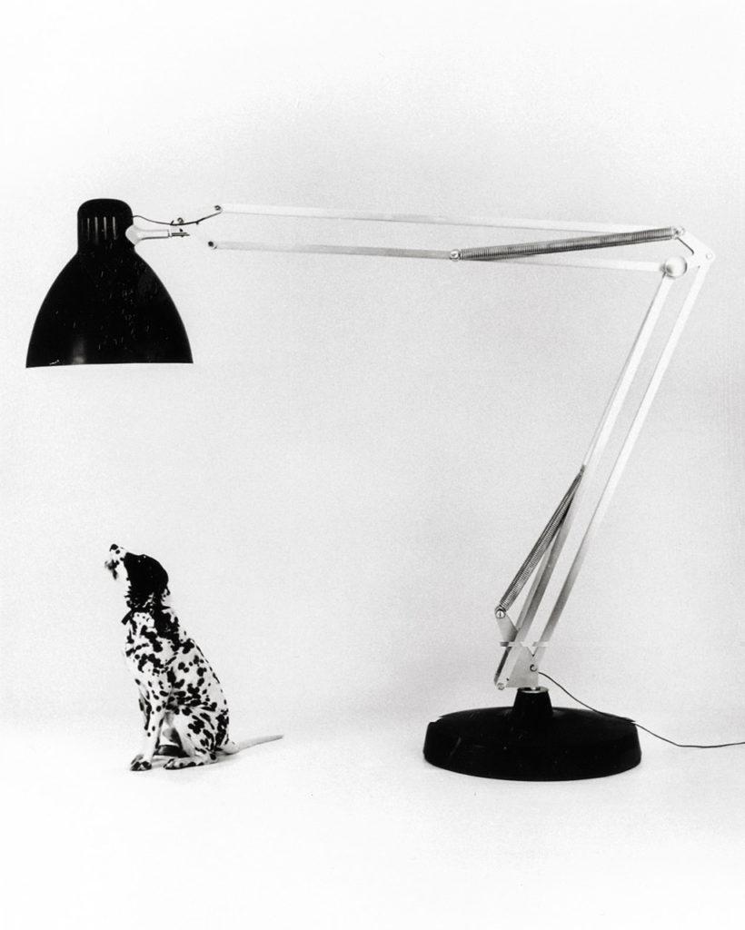 Moloch Gaetano Pesce's oversize take on Jacobsen's Naska Loris/Luxo L1 ; , 1972